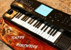 Keyboard - Sweet Cheeks Custom Cake