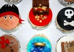 Pirate Cupcakes - Sweet Cheeks Custom Cake